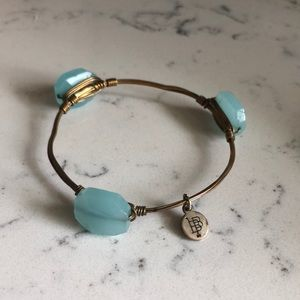 Turquoise Beaded Gold Bourbon and Bowties Bracelet